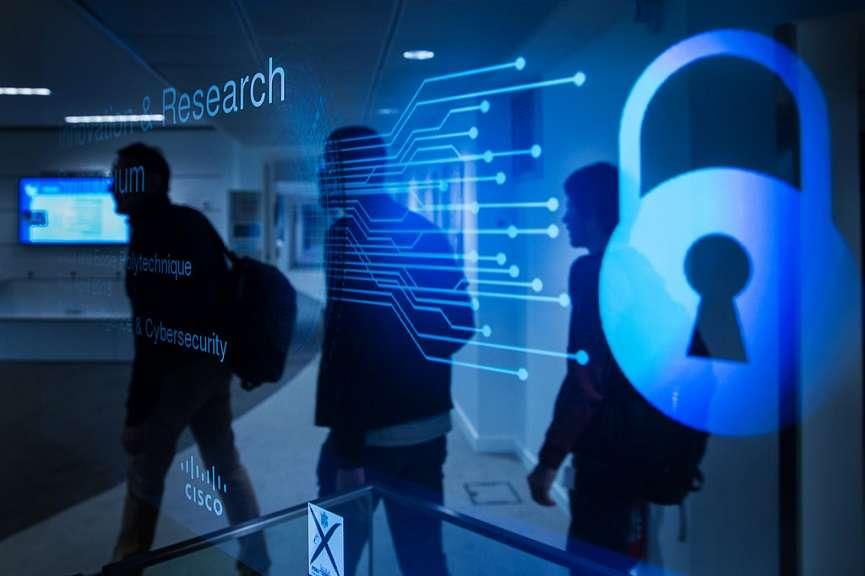 دعوت از فناوران برای افزایش امنیت اطلاعات